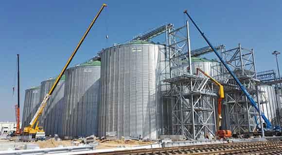 Фото работы на нефтехимическом производстве
